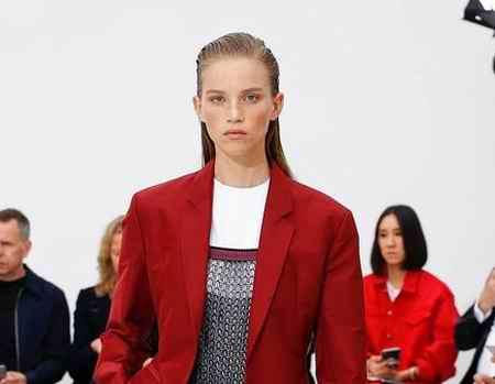 جدیدترین مدل لباس دیوید بکهام در لندن 2019 (4)