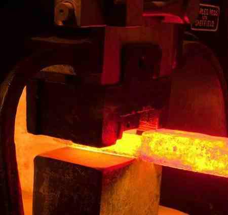 کدام فلز واکنش پذیری بیشتری دارد کدام فلز واکنش پذیری بیشتری دارد