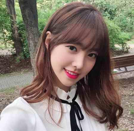 بیوگرافی بازیگر نقش اوک نیو در سریال اوک نیو (2)