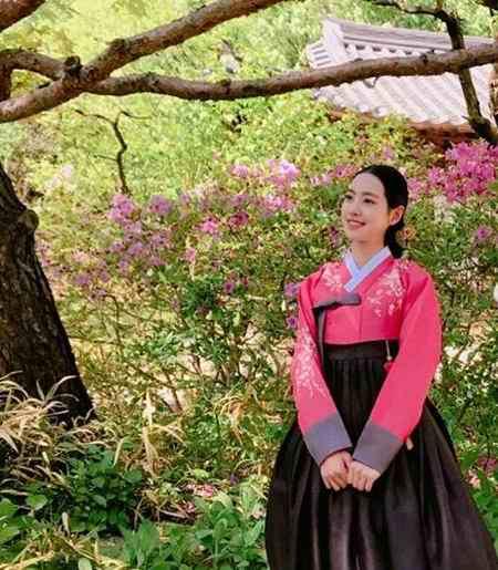 بیوگرافی بازیگر نقش اوک نیو در سریال اوک نیو (3)