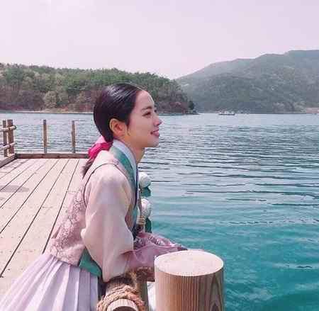 بیوگرافی بازیگر نقش اوک نیو در سریال اوک نیو (4)