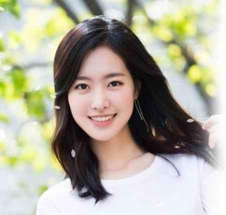 بیوگرافی بازیگر نقش اوک نیو در سریال اوک نیو (7)