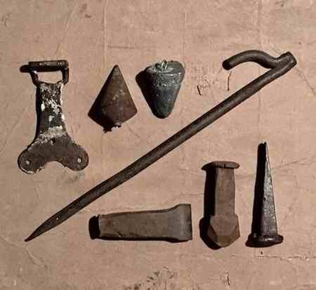 تحقیق درباره آهن زنگ نزن (2)