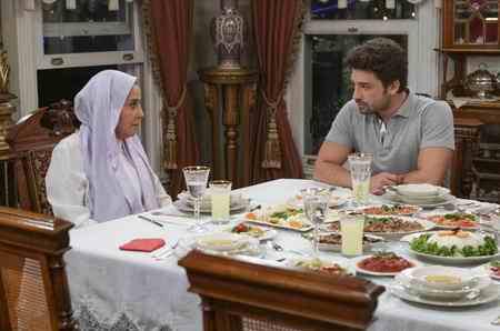 عکس بازیگران سریال ترکی دستم را رها نکن 3 عکس بازیگران سریال ترکی دستم را رها نکن