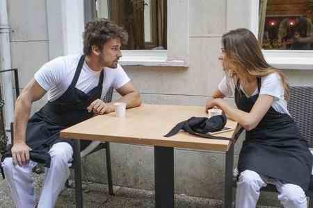عکس بازیگران سریال ترکی دستم را رها نکن 8 عکس بازیگران سریال ترکی دستم را رها نکن