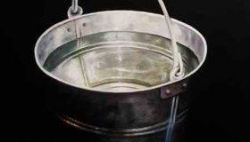 یک سطل آب 10 لیتری و یک سطل آب 3 لیتری داریم چگونه از رودخانه 8 لیتر آب برداریم؟