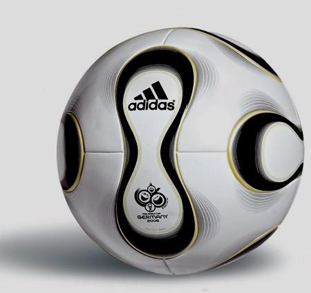 توپ جام جهانی ۲۰۰۶ چه بود
