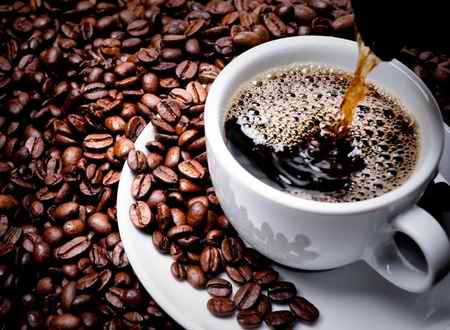 تاثیر-قهوه-بر-پیری-پوست