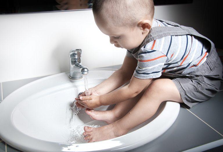 13 عادت بهداشت کودکان