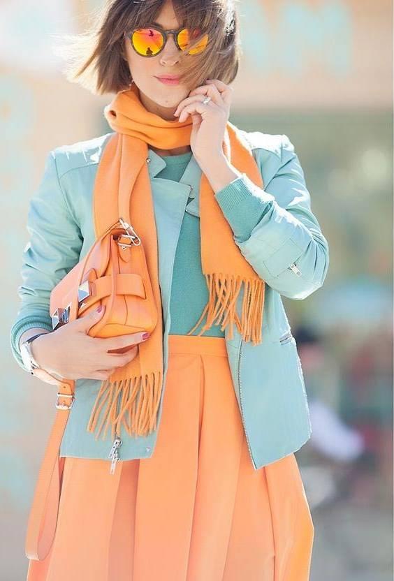 ست کردن لباس نارنجی