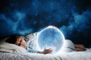 تعبیر خواب دیدن ((مرده)) و ((دریا)) چیست؟