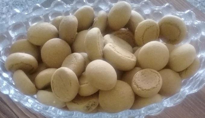 طرز تهیه شیرینی حاجی بادومی