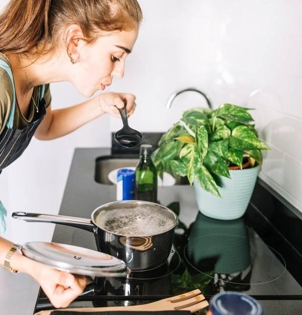 عوارض فوت کردن غذای داغ