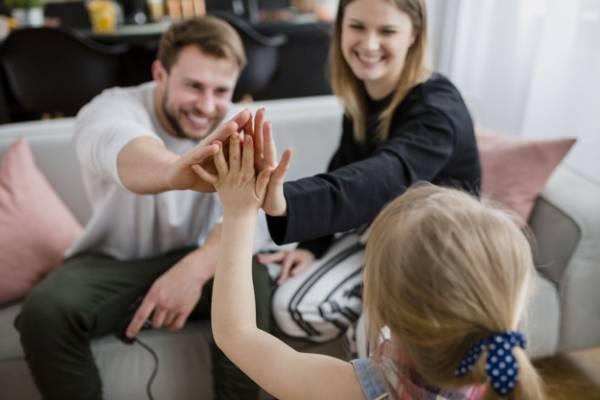 رفتار صحیح والدین