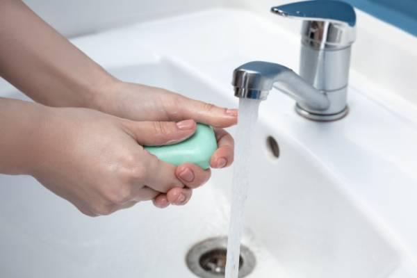 شستن دست با صابون