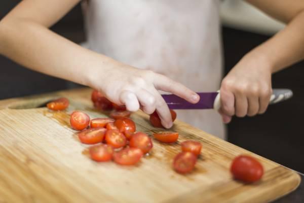 کندن پوست گوجه فرنگی