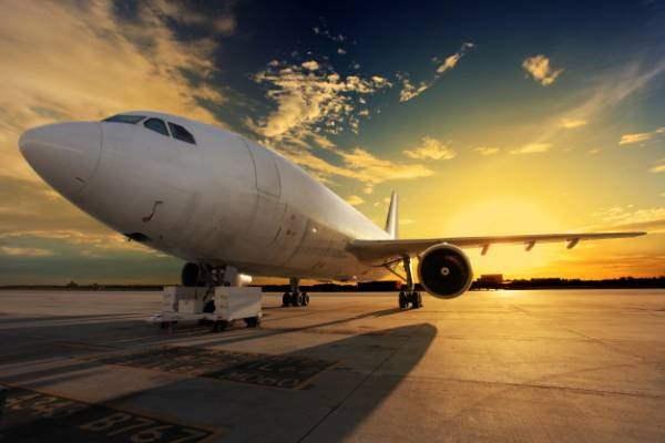 رنگ سفید هواپیما