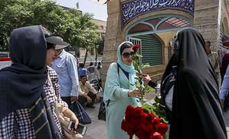مراسم روز عفاف و حجاب در بازار تهران (1)