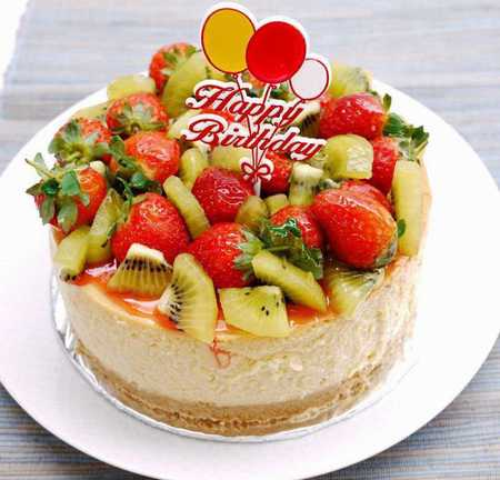 عکس های تزیین کیک با میوه (2)