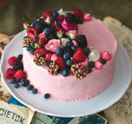 عکس های تزیین کیک با میوه (20)