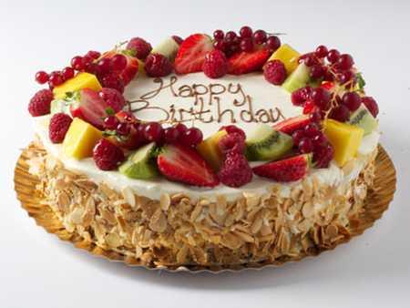 عکس های تزیین کیک با میوه (25)