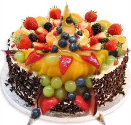 عکس های تزیین کیک با میوه (6)