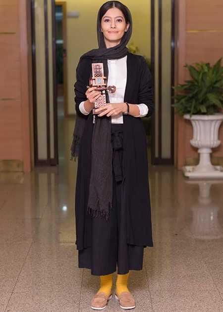 عکس پردیس احمدیه بهترین بازیگر زن جشنواره فیلم شهر 96
