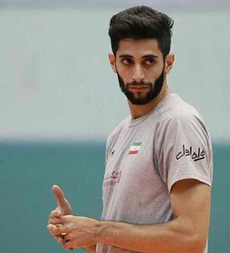 بیوگرافی میلاد عبادی پور والیبالیست ایران و همسرش (13)