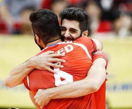 بیوگرافی میلاد عبادی پور والیبالیست ایران و همسرش (2)