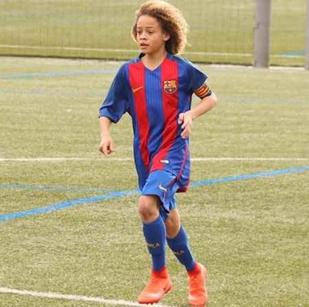 بیوگرافی و عکس های ژاوی سیمونز بازیکن بارسلونا (4)