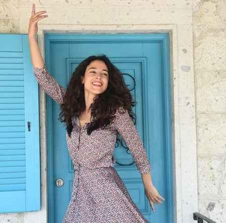عکس های آیشن در سریال کاخ نشینان امروز (2)
