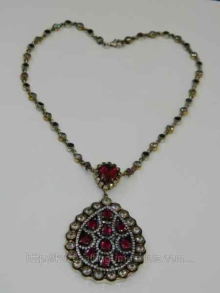 طلا و جواهرات سریال کاخ نشینان + گوشواره و گردنبند آیشن (23)