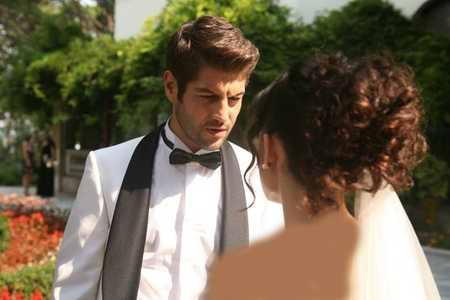 عکس ازدواج آیشن و ساواش + مدل لباس عروس آیشن (3)