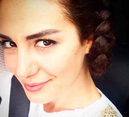 عکس های آسیه در سریال زندگی گمشده و بیوگرافی اوزلم یلماز (12)