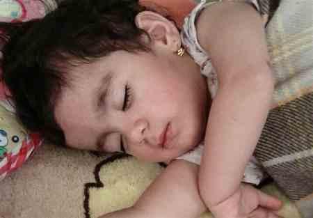 مرگ سارینا کودک زلزله زده کرمانشاه به خاطر سرما (2)