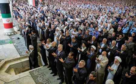 چرا به شرکت در نماز جمعه سفارش شده است (2)