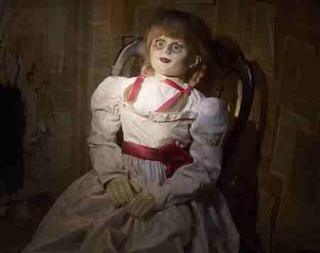 ماجرای عروسک آنابل چیست (2)