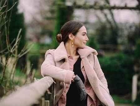 بیوگرافی بازیگر نقش آسلی در سریال عشق سیاه و سفید (4)