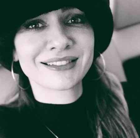 بیوگرافی بازیگر نقش آسلی در سریال عشق سیاه و سفید (5)