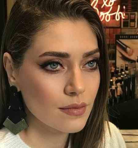 بیوگرافی بازیگر نقش فاتوش در سریال ترکی قرص ماه (3)