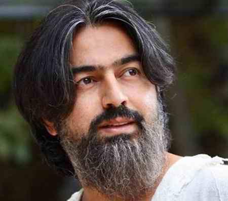 خواننده فیلم یتیم خانه ایران کیست