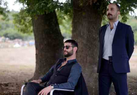 عکس بازیگران سریال ترکی یک تند باد (8)