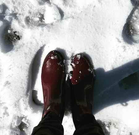 متنی ادبی درباره یک صبح سرد و برفی زمستانی بنویسید (4)
