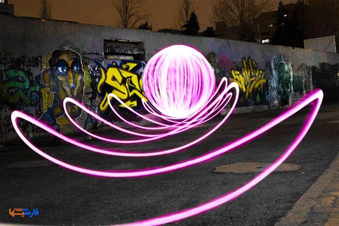آثار هنری با استفاده از نور