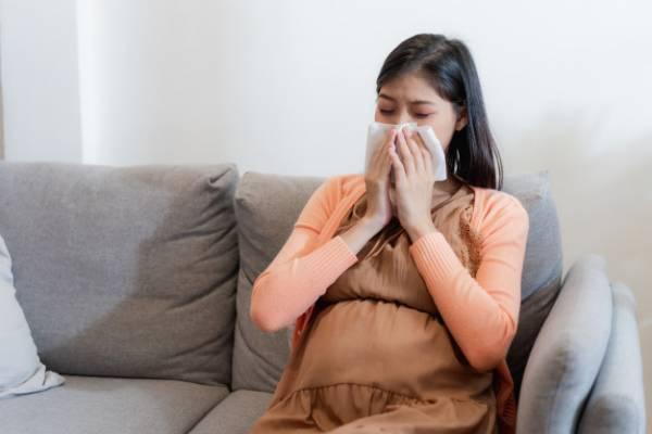 آبریزش بینی در بارداری