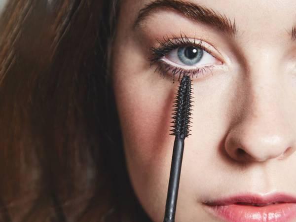 آرایش چشم مناسب پلک های پف دار