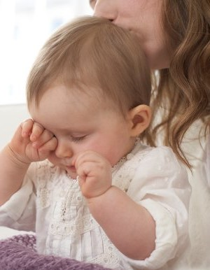 علت بی خوابی نوزادان چیست؟