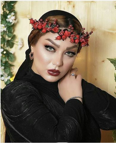 Biography and photos of Shaghayegh Delshad