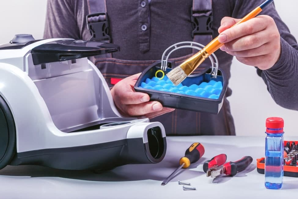 A few tips for maintaining a vacuum cleaner