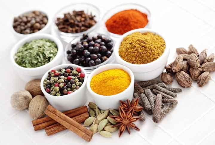 11 ادویه و گیاه برای داشتن قلب سالم